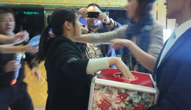 华一世纪2011年春节晚会(图2)