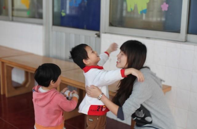 华一慈善公益行-深圳儿童福利院(图6)